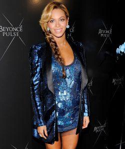 Beyoncé con conjunto de Roberto Cavalli