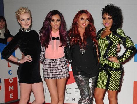 El grupo Little Mix en los premios Brit 2012