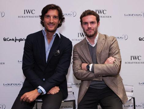 Rafael Medina y Juan Mata durante la presentación