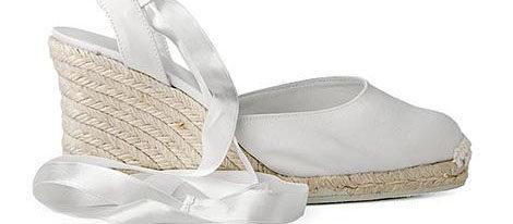 Zapatos de novia de la colección Castañer
