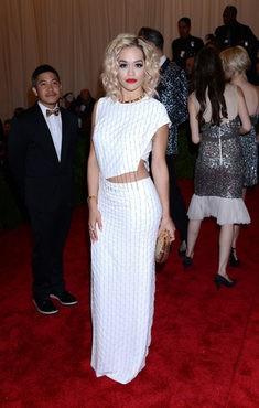 Rita Ora en el MET 2013