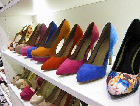 Elegir los zapatos de tacón adecuados es muy importante