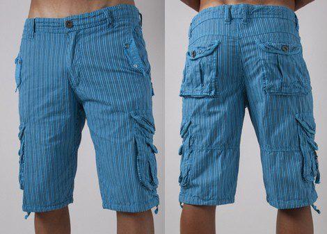 Shorts de carga de color azul con rayas