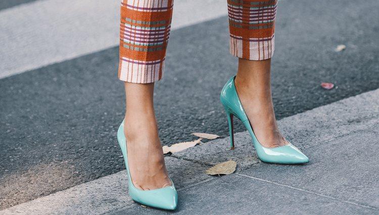 f074d7e9 Los zapatos pueden convertir un look en un lookazo o en algo desastroso
