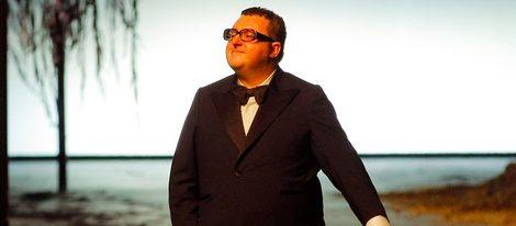 El diseñador Alber Elbaz tras un desfile de Lanvin