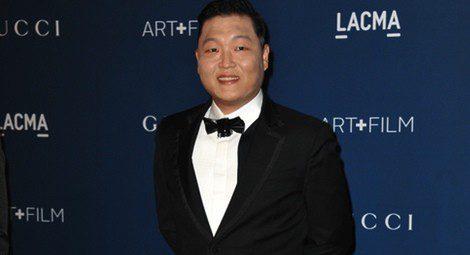 Psy ha puesto de moda las pajaritas entre los jóvenes