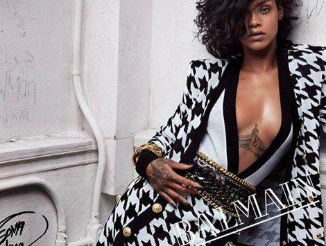 Rihanna posando con las propuestas primavera/verano 2014 de Balmain