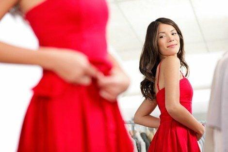 Escoger la prenda adecuada ayuda a que te veas más delgada