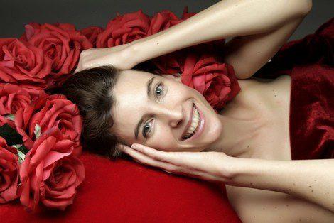 Rojo, el color perfecto para tu cita de San Valentín