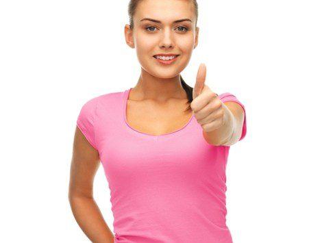Si una camiseta rosa nos favorece, nuestra piel es fría