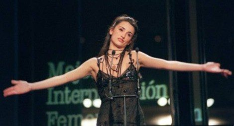 Penélope Cruz en los Premios Goya 1999