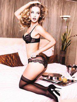Triumph ficha a la modelo Hannah Ferguson para la colección lencera de primavera 2015