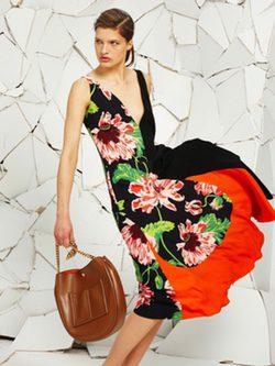 Vestido de corte recto y estampado floral de la colección Resort 2016 de Stella McCartney