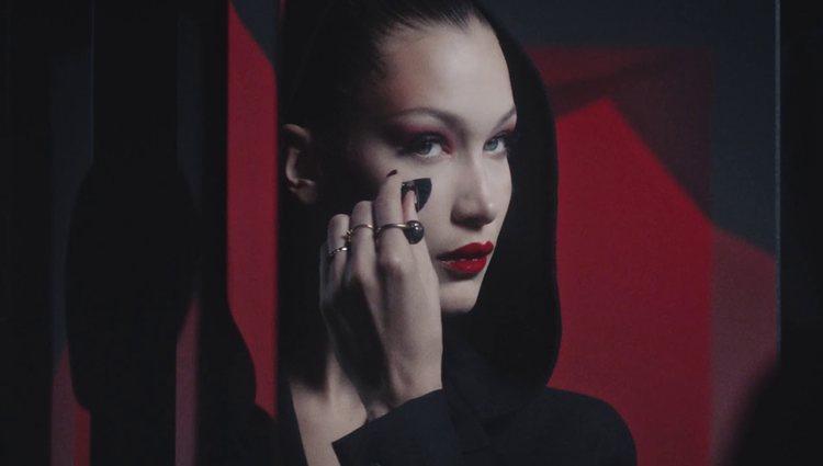 El disfraz de vampiresa es uno de los más típicos