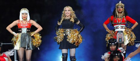 Nicki Minaj, Madonna y M.I.A. en el descanso de la Super Bowl 2012