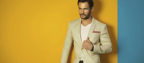 Un look masculino aceptable se basa en lo sencillo.