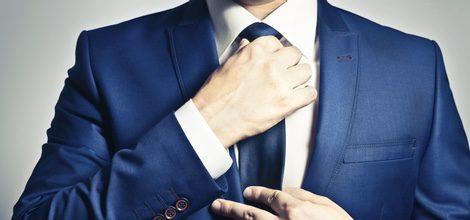 El nudo de la corbata incide en la decisión