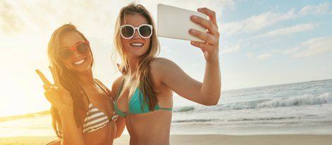 El móvil es muy importante para estar comunicados en verano