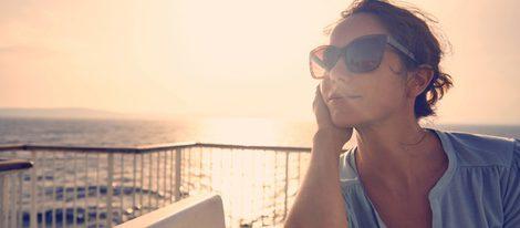 Las gafas de sol son un imprescindible para tomar el sol