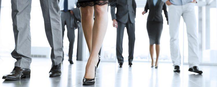 Para ir a trabajar, mejor escoger un calzado cómodo