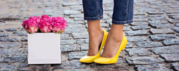 Combinalo con unos stilettos para un look más formal