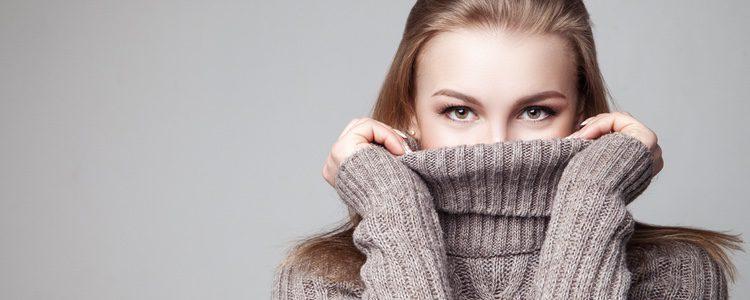Los jerseys de cuello vuelto serán los más adecuados para el frío invierno