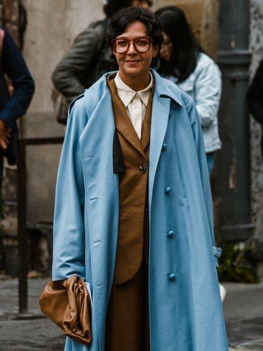 El abrigo contrarresta el frío de otra prenda
