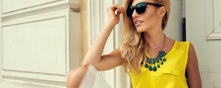 Apuesta por los colores vibrantes como el amarillo
