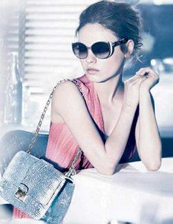 Mila Kunis para Summerset de Dior