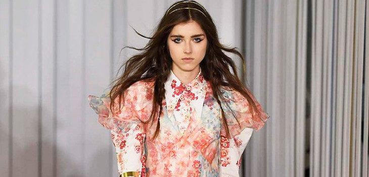 Vestido de flores Jill Stuart colección primavera/verano 2018 en Nueva York Fashion Week