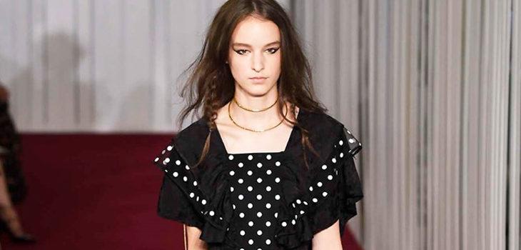 Vestido de Jill Stuart colección primavera/verano 2018 en Nueva York Fashion Week