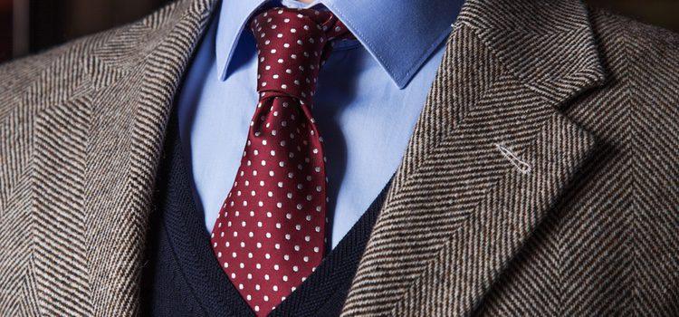 La corbata es un básico en el armario de un hombre