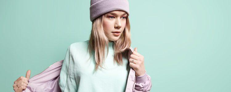 Dale a tu estilo algo color con sudaderas de colores