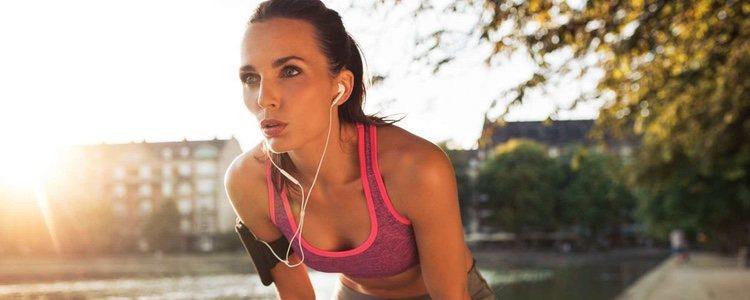 Cuantos menos complementos lleves a la hora de salir a correr, mejor
