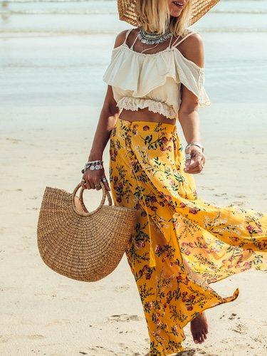 El bolso de mimbre o rafia le da un aire más veraniego a tu look y los hay de colores y low cost