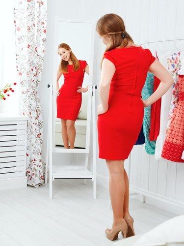 Cuando vas a elaborar el outfit lo primero que debes hacer es ver con que prendas te sientes cómoda