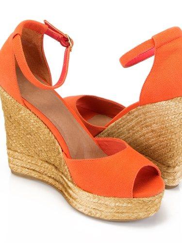 Este modelo de calzado lo podemos encontrar en infinidad de colores