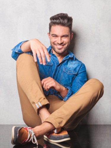 En versión larga o corta, los pantalones de pinza no sólo son cómodos sino que son la última tendencia