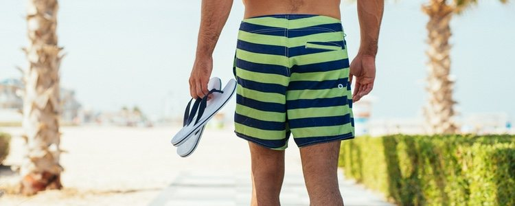 Las chanclas de goma serán el calzado perfecto para ir a la playa