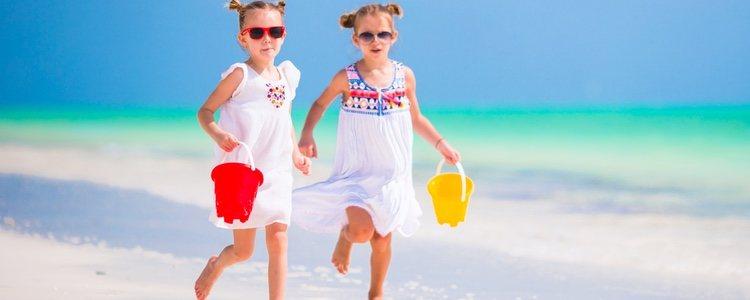 Los niños deben ir vestidos con ropa fresquita y calzado cómodo