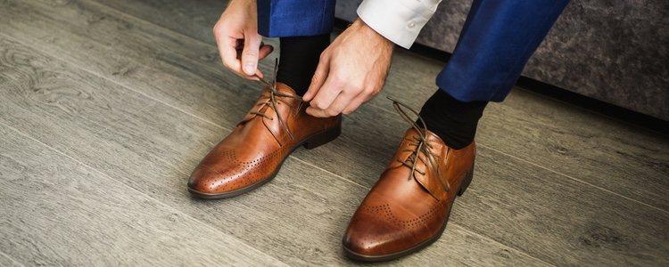El modelo de zapato Oxford es perfecto para lucir con traje