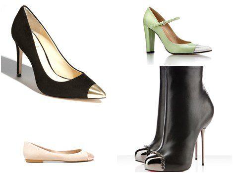 Zapatos de tacón, botines y manoletinas con la punta metalizada