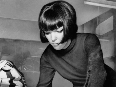 La diseñadora y creadora de la minifalda Mary Quant