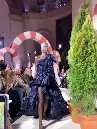Desfile de Oscar de la Renta 2019 en la semana de la moda de Nueva York   Foto: Instagram