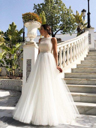 Rocío Osorno con un vestido de novia de su firma   Foto: Instagram