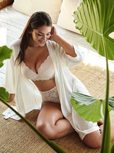 Lorena Durán es la primera modelo de tallas grandes de Victoria's Secret   Foto: Instagram