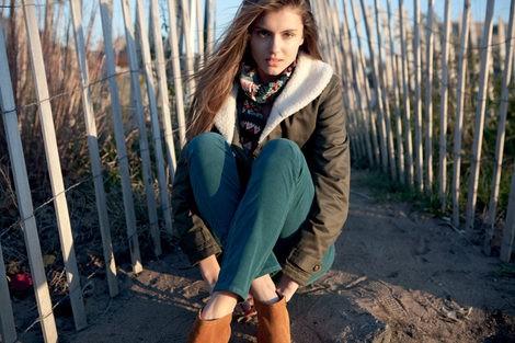 Lee apuesta por los pantalones de pana en su línea femenina para este otoño 2012