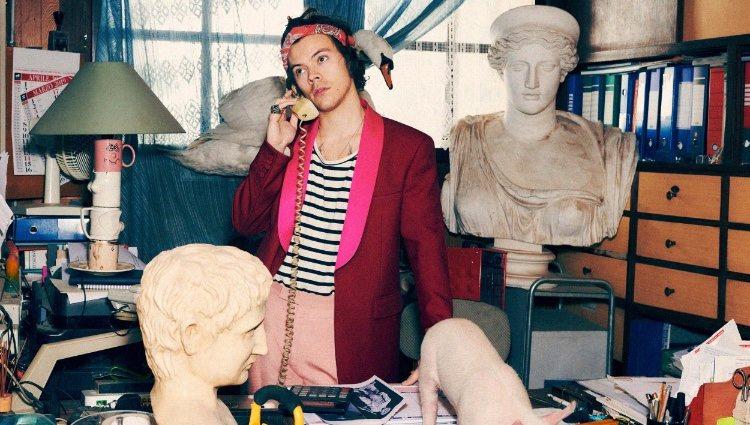 Harry Styles protagoniza la nueva campaña de la colección de otoño de Gucci