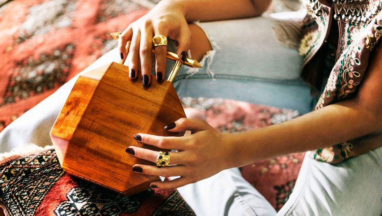 Bolso de madera sostenible de Soüf | Foto: Soüf