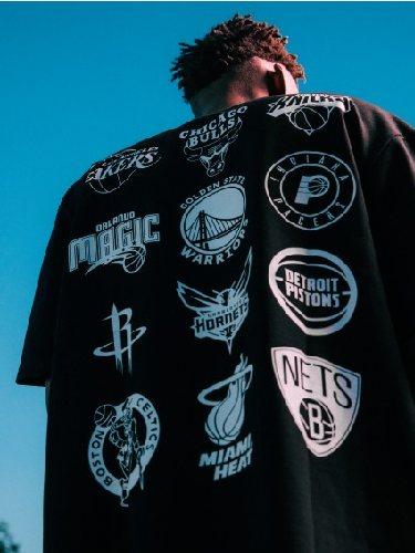 Los logos de los equipos de la NBA son los grandes protagonistas
